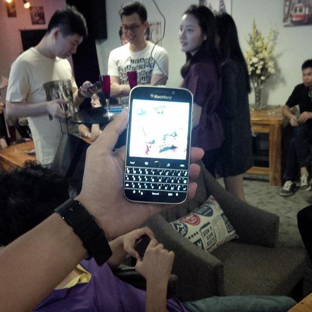 BlackBerry_Classic_.jpeg