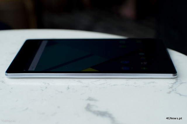 First-Nexus-9-with-keyboard-cover-hands-on-photos-14.jpg