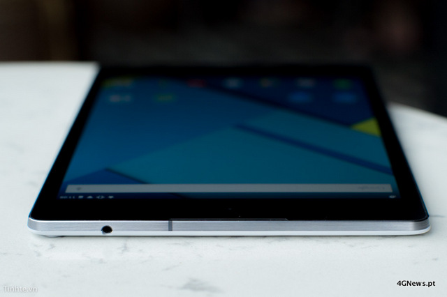 First-Nexus-9-with-keyboard-cover-hands-on-photos-22.jpg