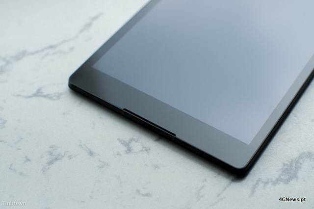 First-Nexus-9-with-keyboard-cover-hands-on-photos-27.jpg