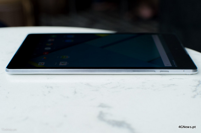 First-Nexus-9-with-keyboard-cover-hands-on-photos-3.jpg