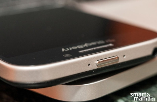 Images-of-the-BlackBerry-Classic-10.jpg