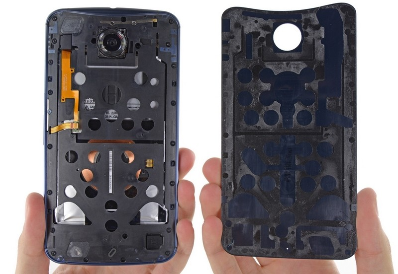 Google-Nexus-6-disassembled-by-iFixit-4