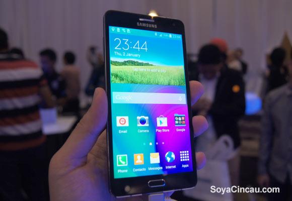 Samsung-Galaxy-A7-4.jpg