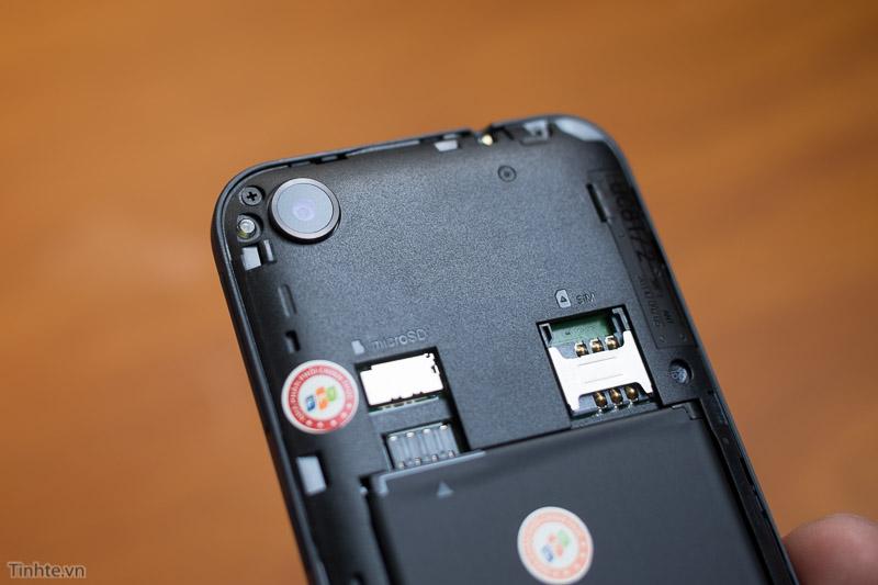 2815413-HTC-Desire-320-20.jpg