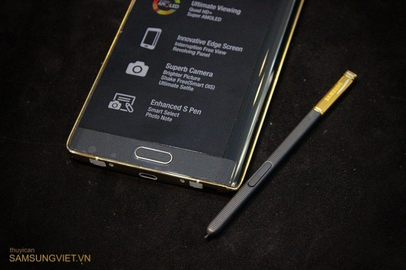 A-closer-look-at-the-gold-version-of-the-Galaxy-Note-Edge-24.jpg