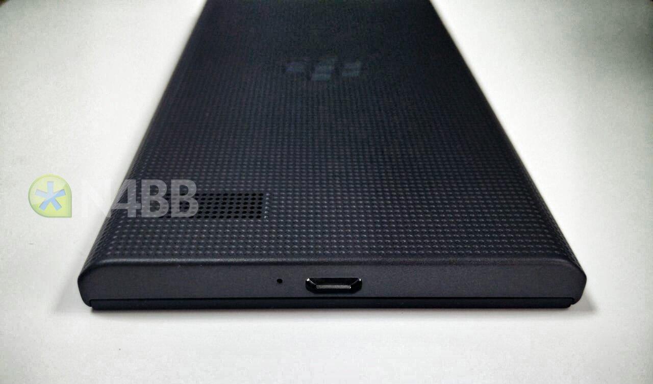 BlackBerry-Leap-Rio-05.jpg