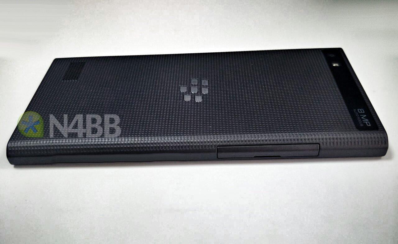 BlackBerry-Leap-Rio-06.jpg