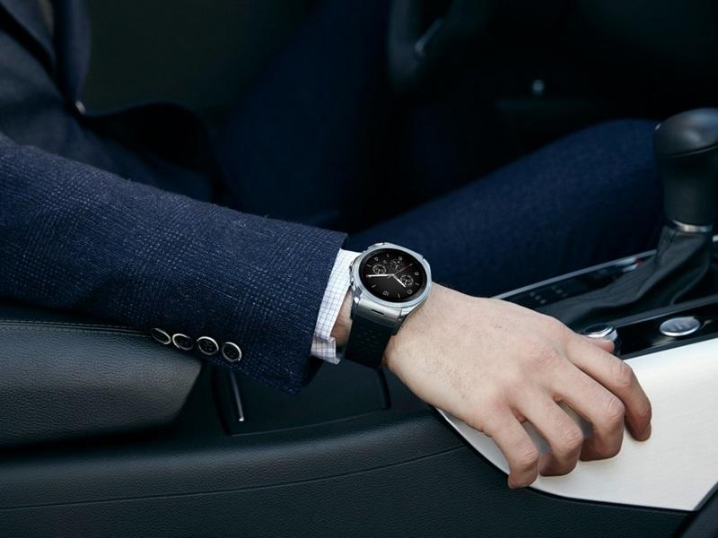 LG-G-Watch-Urbane-LTE-4.jpg