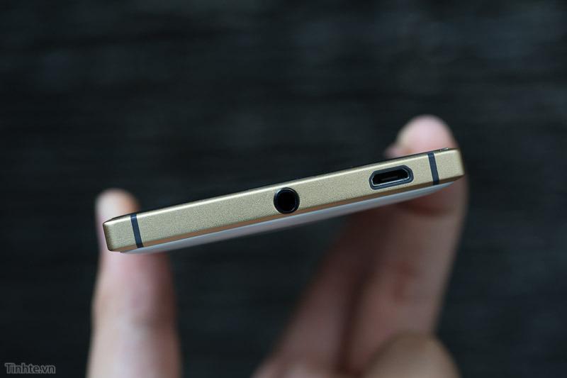 Nokia-Lumia-830-14.jpg