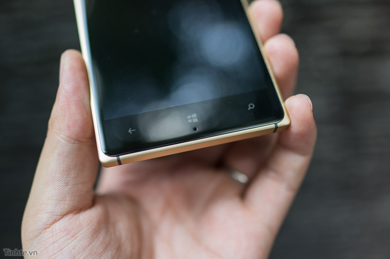 Nokia-Lumia-830-16.jpg