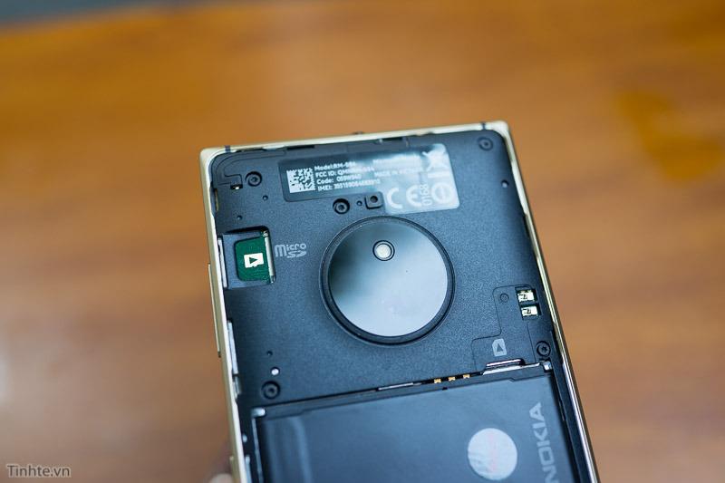 Nokia-Lumia-830-18.jpg