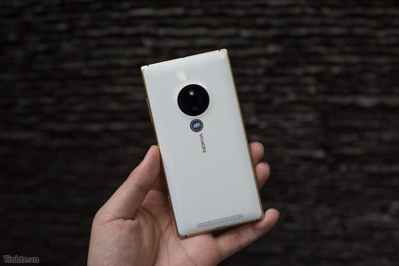 Nokia-Lumia-830-9.jpg