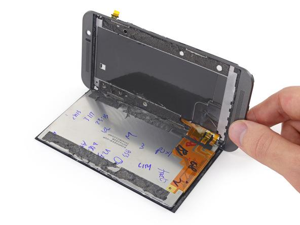 HTC-One-M9-teardown-11.jpg
