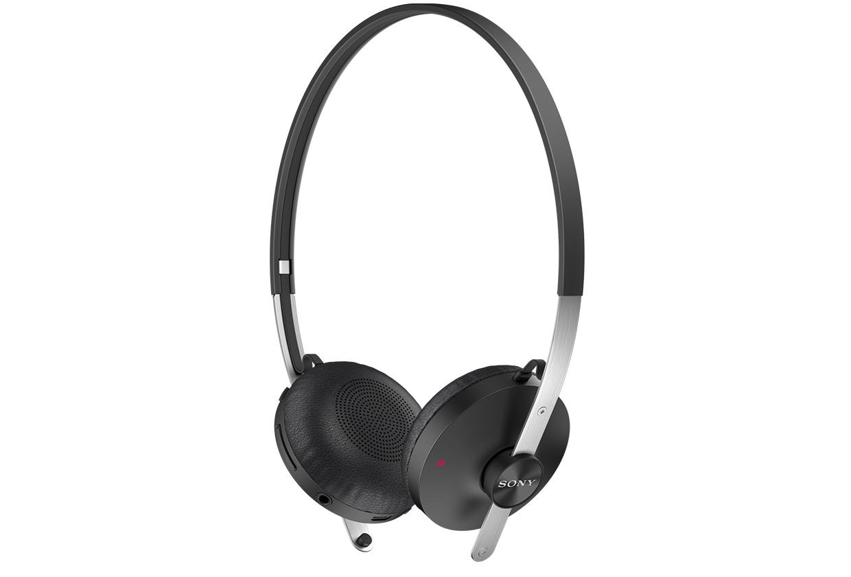 SBH60-Stereo-Bluetooth-Headset-black-1240x840-b62ae267ec7d41fc6bb00bd049792c45.jpg