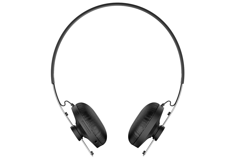 SBH60-Stereo-Bluetooth-Headset-gallery-01-1240x840-a1e38250b09e66acc0971434c6cafb4b.jpg