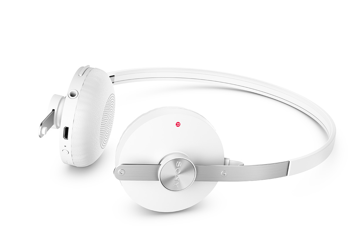 SBH60-Stereo-Bluetooth-Headset-gallery-02-1240x840-90e86fe65492bde29bc59f17bfd00c20.jpg