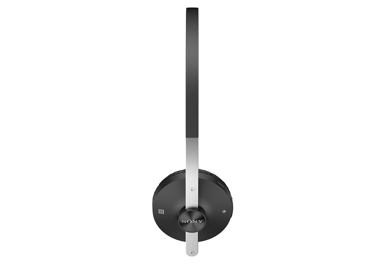 SBH60-Stereo-Bluetooth-Headset-gallery-03-1240x840-68a4136734b784a1a71d0a8e4da3ddd9.jpg