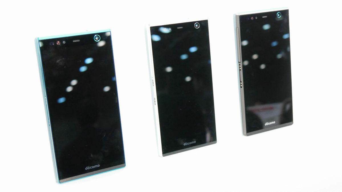 Fujitsu-Arrows-NX-F-04G-6.jpg