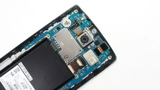 LG-G4-dismantled-10.jpg