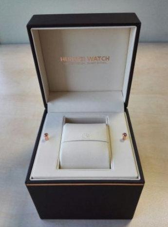 Box-for-Huawei-Watch-leaks.jpg-3.jpg
