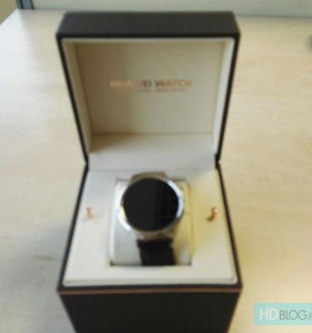 Box-for-Huawei-Watch-leaks.jpg-5.jpg