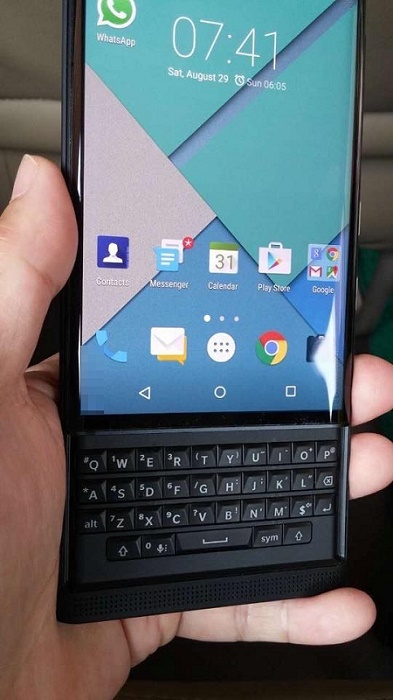 BlackBerry-Vince-Proto-05.jpg