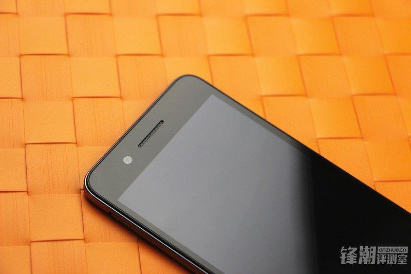 HTC-Desire-728.jpg