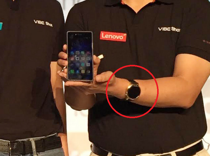 Lenovo-executive-Dillon-Ye-is-caught-wearing-the-Motorola-Moto-360-2.jpg.jpg