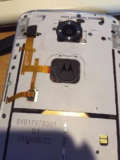 Nexus-6-com-sensor-de-impressões-digitais-3.jpg