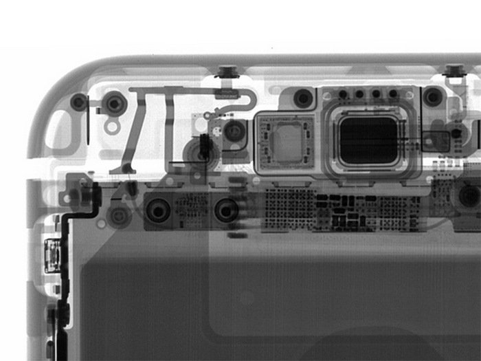 Apple-iPhone-6s-Plus-teardown-10.jpg