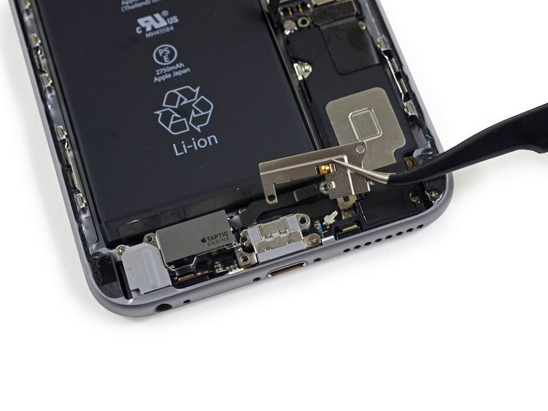 Apple-iPhone-6s-Plus-teardown-11.jpg