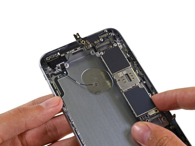Apple-iPhone-6s-Plus-teardown-20.jpg