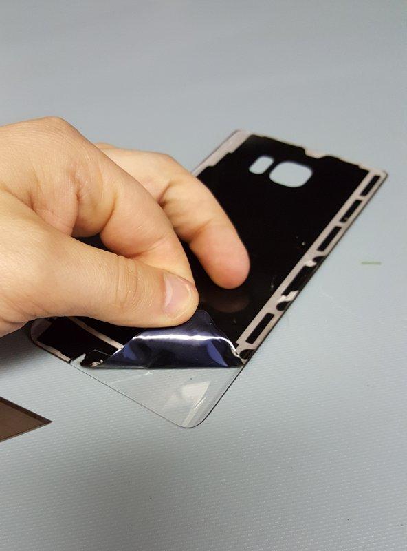 Samsung-Galaxy-Note5-clear-rear-03.jpg