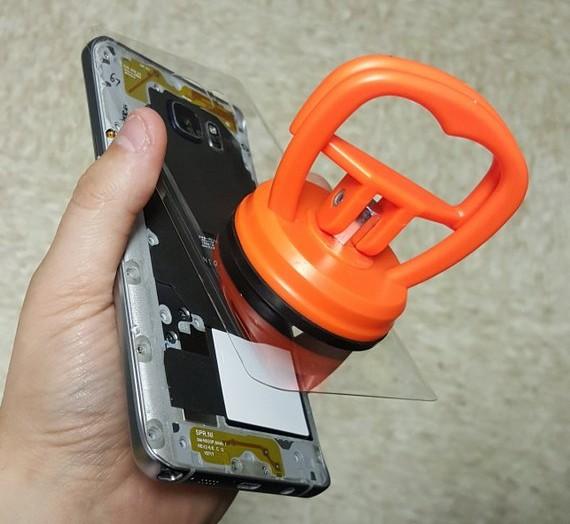 Samsung-Galaxy-Note5-clear-rear-04
