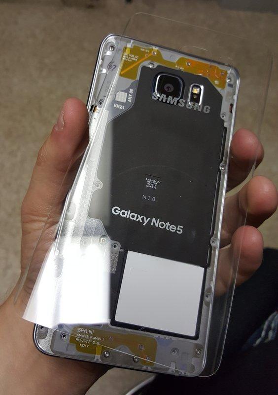 Samsung-Galaxy-Note5-clear-rear-05.jpg