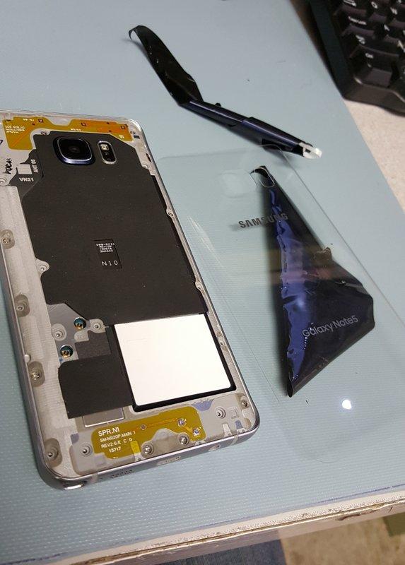 Samsung-Galaxy-Note5-clear-rear-06.jpg