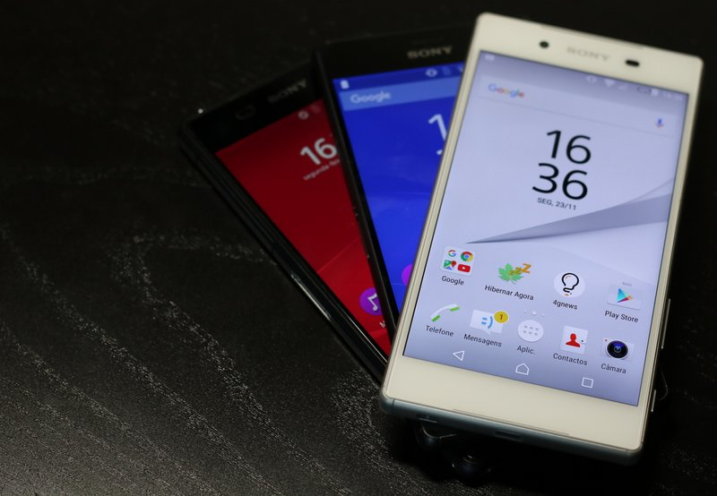 Sony-Xperia-Z5-vs-Xperia-Z3-vs-Xperia-Z2.jpg