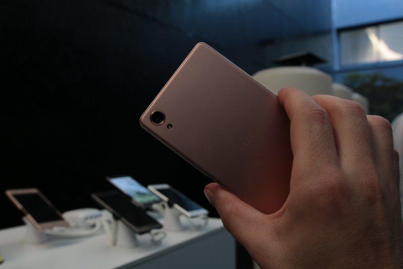 Sony-Xperia-X-4gnews9.jpg