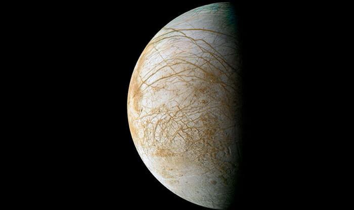 Europa moon (1)