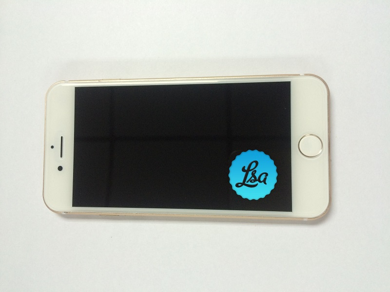 iPhone-7-and-iPhone-7-Plus-in-Gold-and-Space-Black3