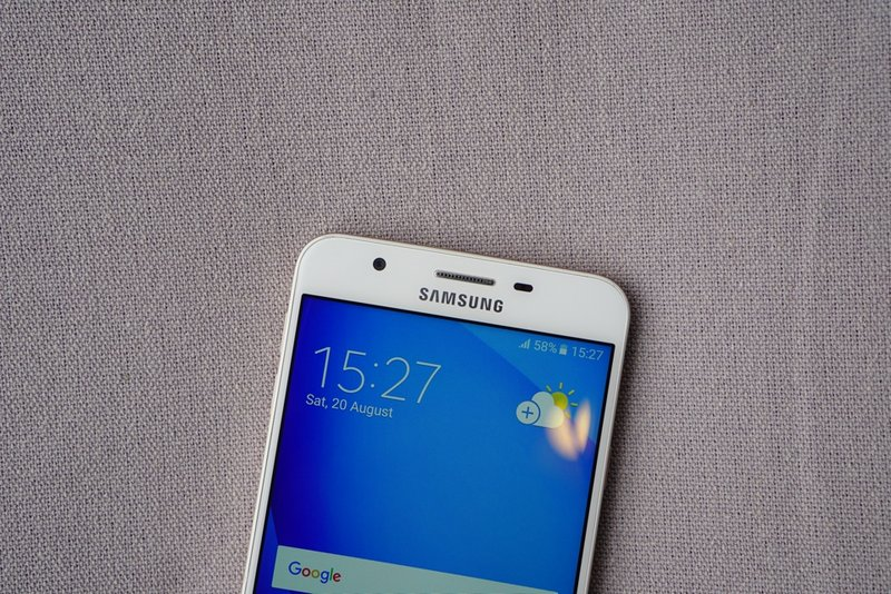 Samsungs-Galaxy-J7-Prime-in-pictures-5.jpg