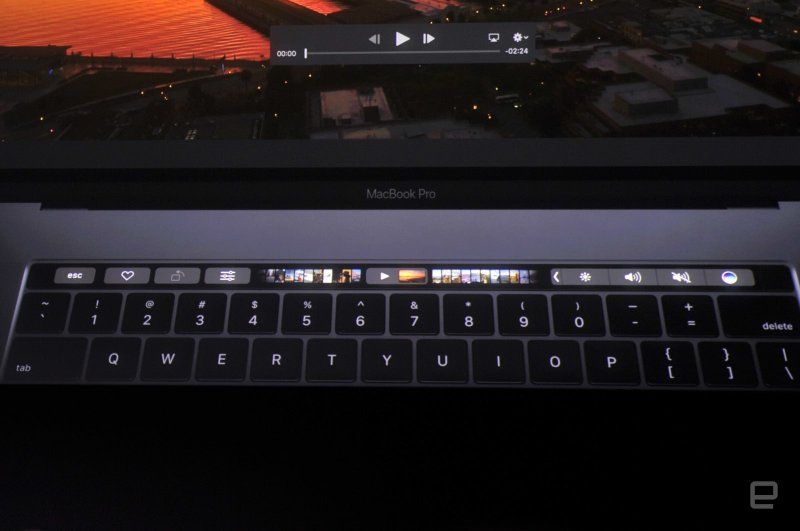 Apple-MacBook-Pro-4gnews-17.jpg