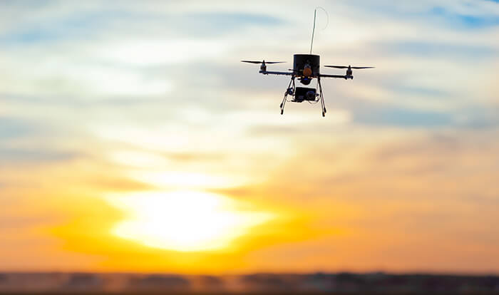Entregas em casa via drones? A nova patente da Amazon explica como