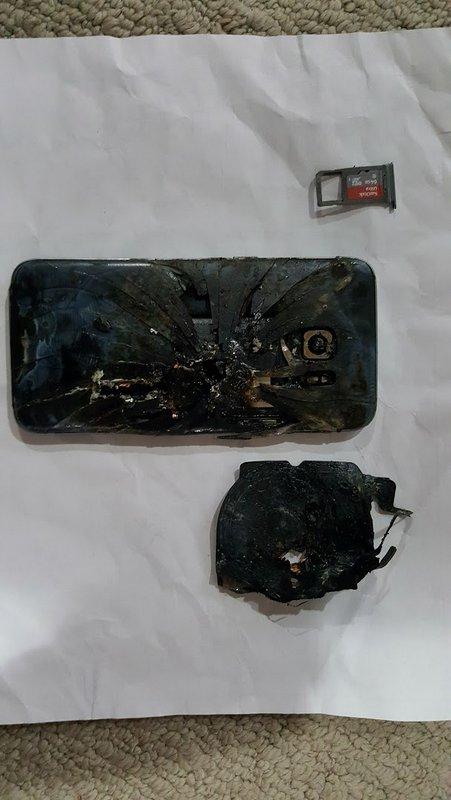 Melted-Galaxy-S7-edge-2.jpg