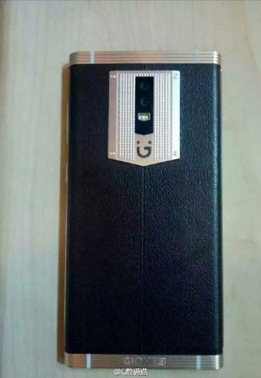 Gionee-M2017-back.jpg