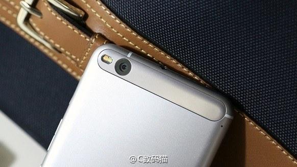 HTC-x10-4gnews.jpg