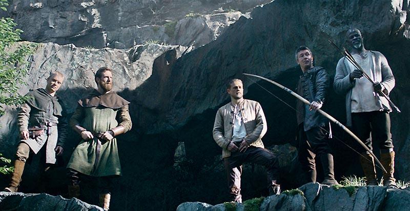 """Rei Artur: A Lenda da Espada"" de Guy Ritchie"