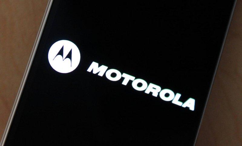 Patente da Motorola mostra-nos smartphone dobrável e nova tecnologia