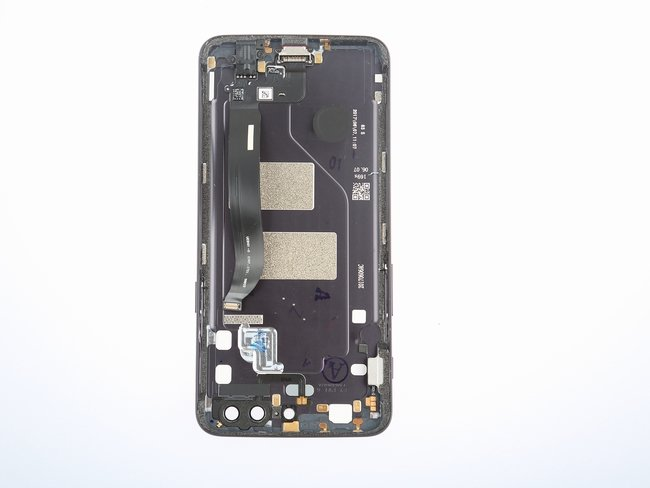 OnePlus-5-Teardown-8-600x400.jpg